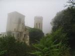 Una chiesetta diroccata e totalmente in stile film d'avventura che si trova alla fine della stradina di prima.